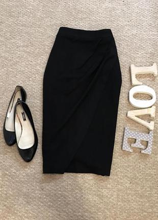 Плотная юбка со структурной ткани в составе вискоза с кармашками