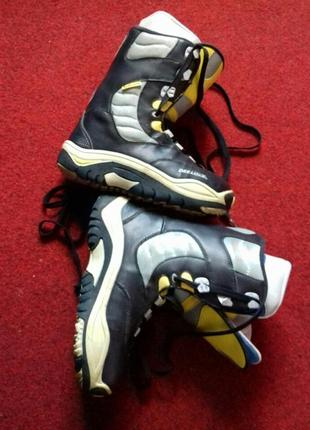 Брендовые черно серые ботинки для сноуборда 41-41,5 размер 26,5 стелька