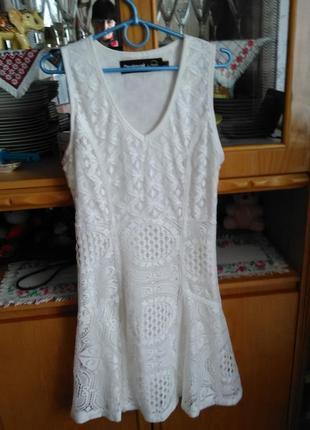 Шикарное ажурное платье от desigual