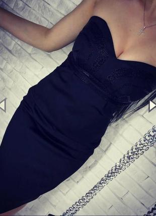 Нереально красивое атласное платье