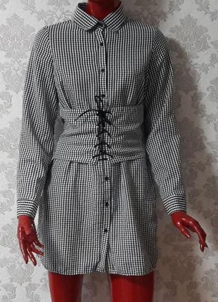 Шикарное платье рубашка с корсетом prettylittlething