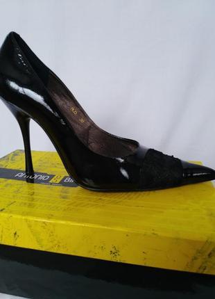 Туфли лодочки от antonio biaggi 24.5см