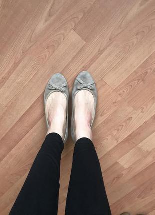 Замшевые балетки туфли на танкетке mascotte