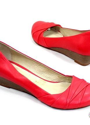 Туфли кожа 37,5 р san marina оригинал