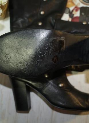 Doise! кожа! красивые базовые сапоги на устойчивом каблуке с заклепками3 фото