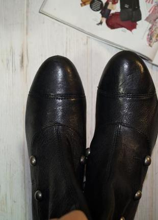 Doise! кожа! красивые базовые сапоги на устойчивом каблуке с заклепками5 фото