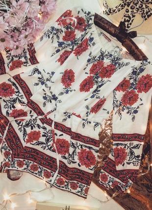 Цветочный ромпер со спущенными плечами  new