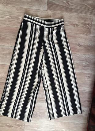 Трикотажные широкие брюки в полоску