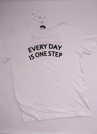 Sinsay новая футболка белая с надписью l 40 12 48 м 38 10 46