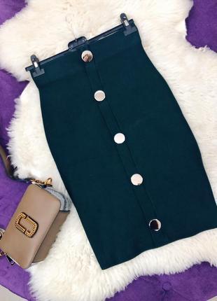 Стильная юбка из бандажного трикотажа изумрудный цвет