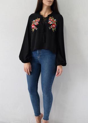 Блузка с вышивкой missguided