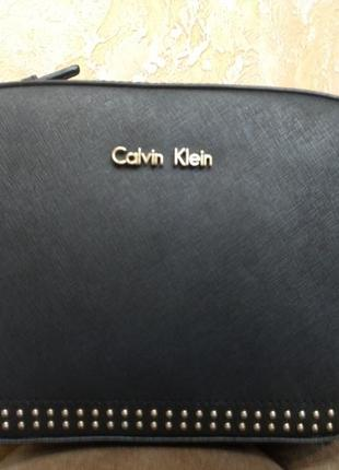 Модная сумка на плечо calvin klein