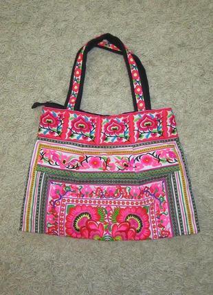 Новая коттоновая  сумка с вышивкой италия