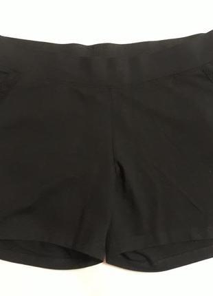 Джерси шорты на теплые дни с вышивкой   размер 44/46 евро=50/52
