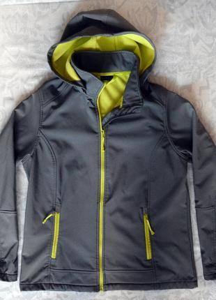 Женская куртка softshell р.40, спортивная куртка