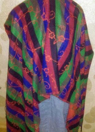 Красивый  двухсторонний шарф палантин