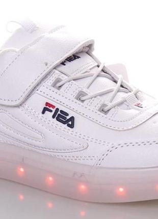 Кроссовки со светящей led подошвой с usb кабелем размеры 32-37    цена 520гр.
