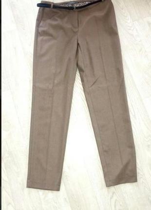 Фирменные новые коричневые брюки с-м.