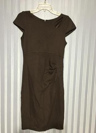 Якісне плаття, цікавий фасон, розмір с-м