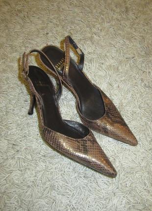 Stuart weitzman новые  туфли натуральная кожа