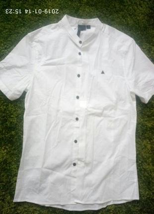Приталенная рубашка воротник стойка