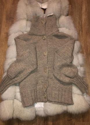 Новый с биркой свитер zara можно как кардиган укороченный в составе шерсть 30%
