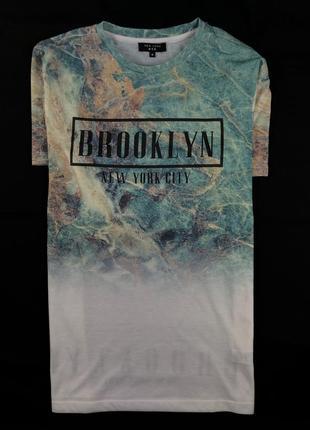 Яркая красивая футболка new look размер м