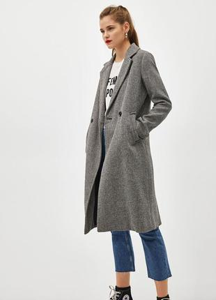 Распродажа на новое шерстяное пальто bershka