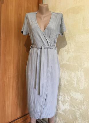 Комфортное трикотажное платье в рубчик,стрейч!