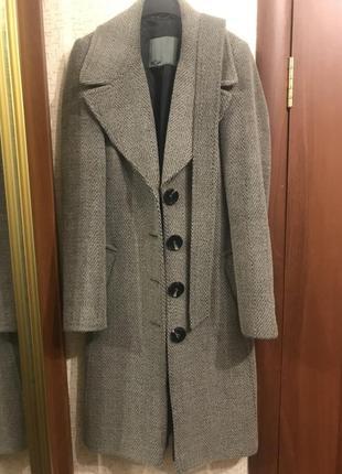 Пальто женское bgn