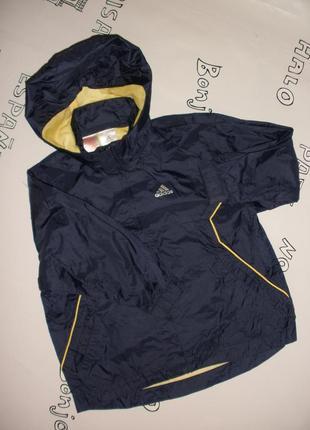 Ветровка , курточка adidas для мальчика на рост 116 см