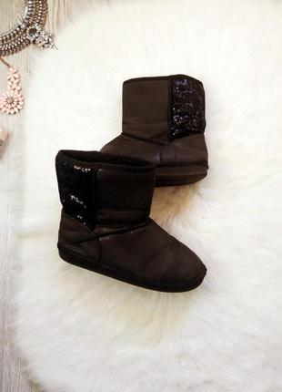 Черные низкие сапоги на меху деми или теплая зима угги с пайетками блестками