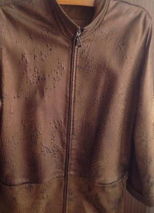 Шикарная кожаная куртка класса люкс италия по суперцене
