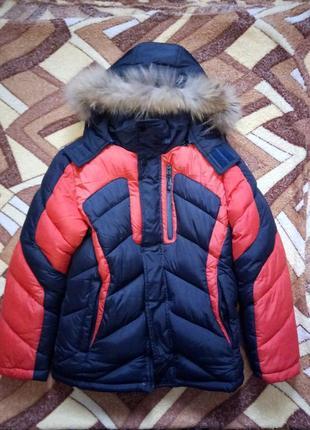 Зимняя курточка на 7-9 лет