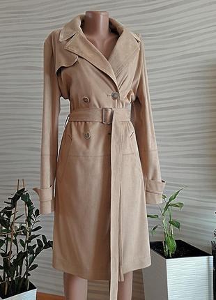 Шикарное брендовое бежевое пальто из экозамша.