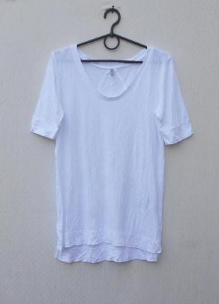 Белая  летняя трикотажная футболка из вискозы