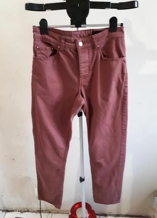Очень красивые джинсы бойфренды высокая посадка мом