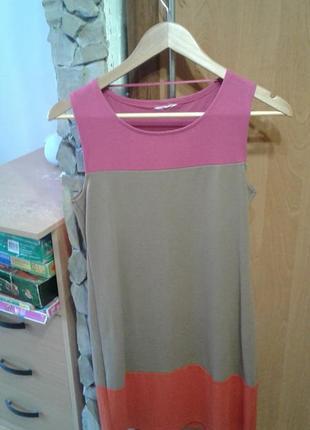 Стильное платье в идеале