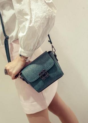 Отличная качественная сумочка мини, цвет зеленый