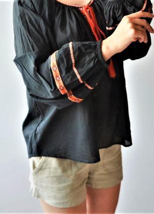 Етническая блуза с обэмными рукавами