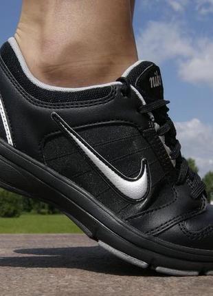 Кожаные 100% кроссовки для фитнеса туфли прогулочные оригинал