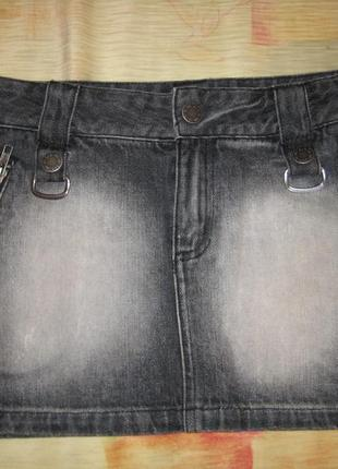Короткая темная черная джинсовая юбка moto s/36