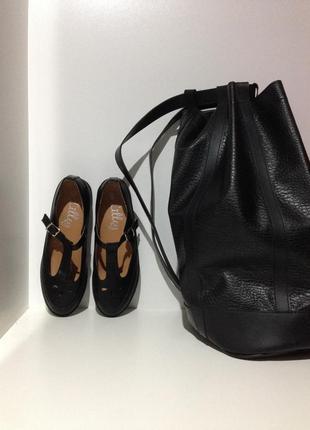 Стильные сандали в черном цвете. удобные