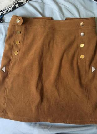 Коричневая юбка по типу замши