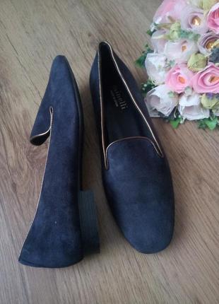 Туфлі замшеві minelli