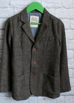 Пиджак zara на 7-8 лет рост 128 см