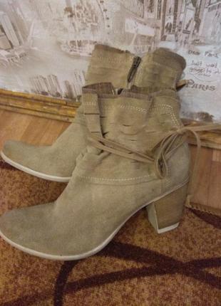 Замшевые ботиночки от tamaris, уценка, 27 см
