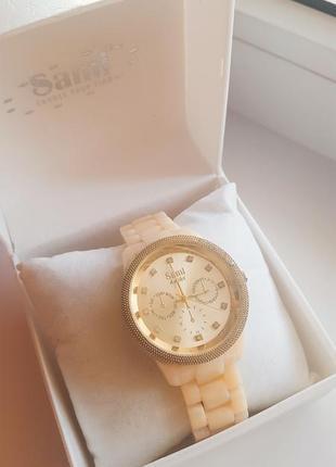 Очень стильные часы sami ( оригинал)