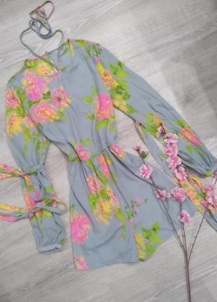 Шикарный серый ромпер в цветы , с завязками на рукавах и шее asos