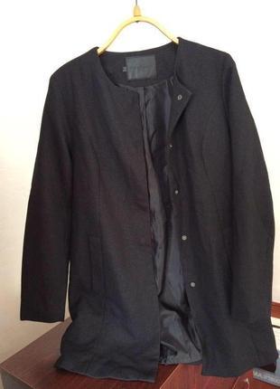 Крутое актуальное черное пальто в стиле zara легкий тренч